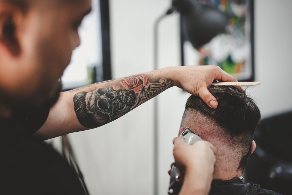 How to become a successful hairstylist