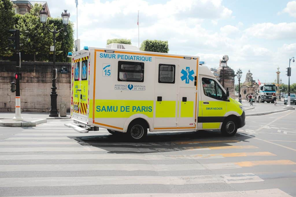 How to become an Emergency Medical Technician (EMT)